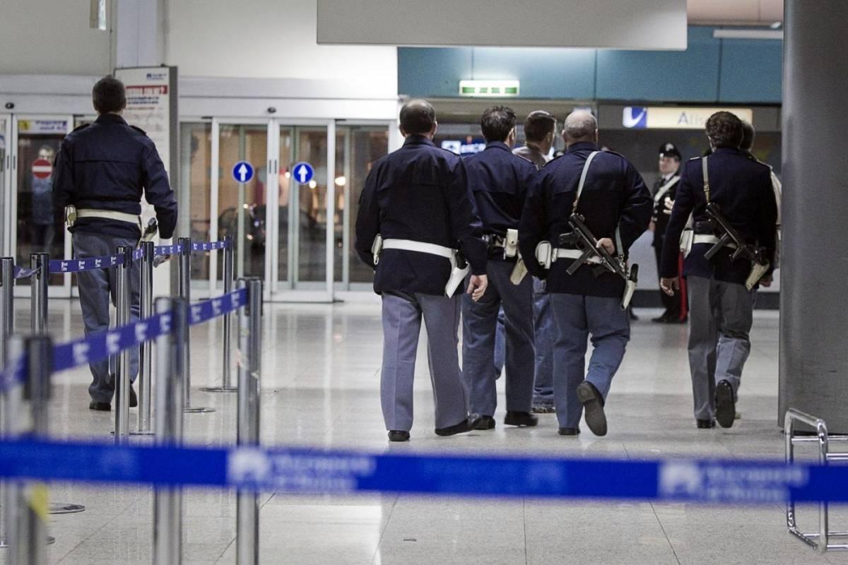 Roma, Ciampino: arrestati due siriani con passaporti falsi