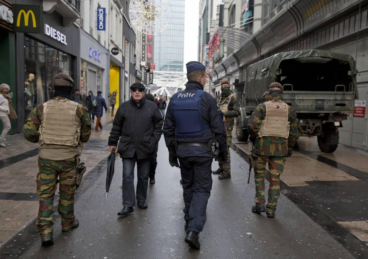 Soldati belgi per le strade di Bruxelles