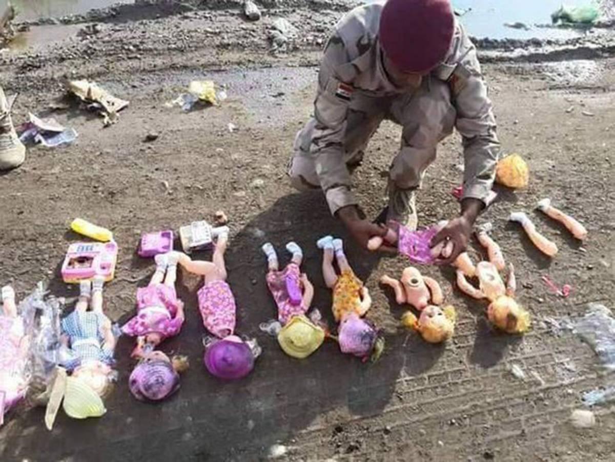 L'Isis preparava un attentato con bambole piene di esplosivo
