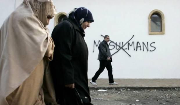 Dopo Parigi, la guerra globale rischia di diventare civile