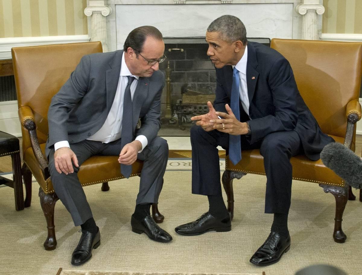 """Hollande va da Obama: """"L'Isis va distrutto"""""""