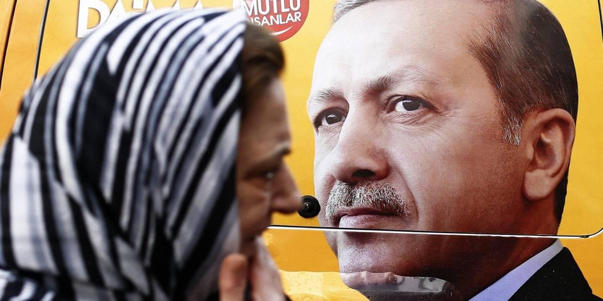 Renzi non bombarda il Califfato ma apre le porte dell'Ue alla Turchia