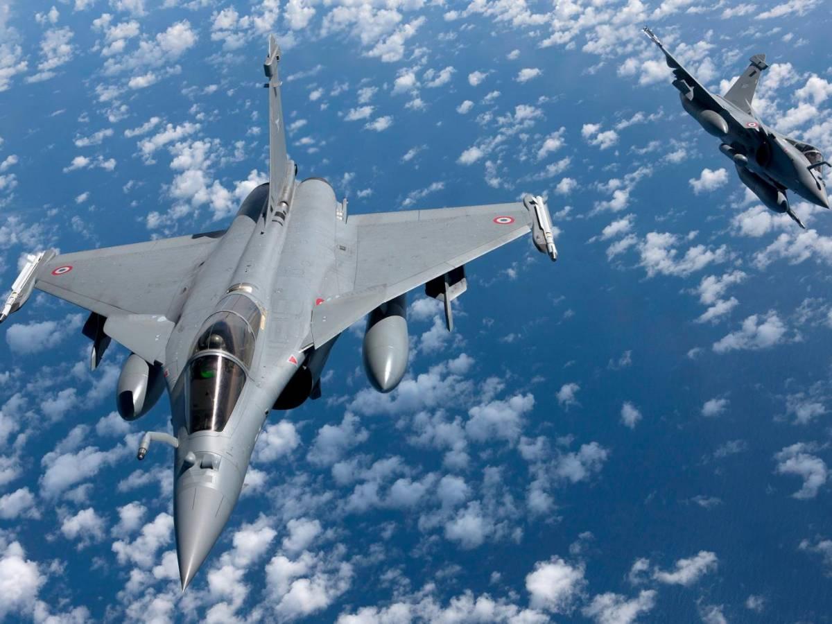 La Francia e i (pochi) raid contro lo Stato Islamico