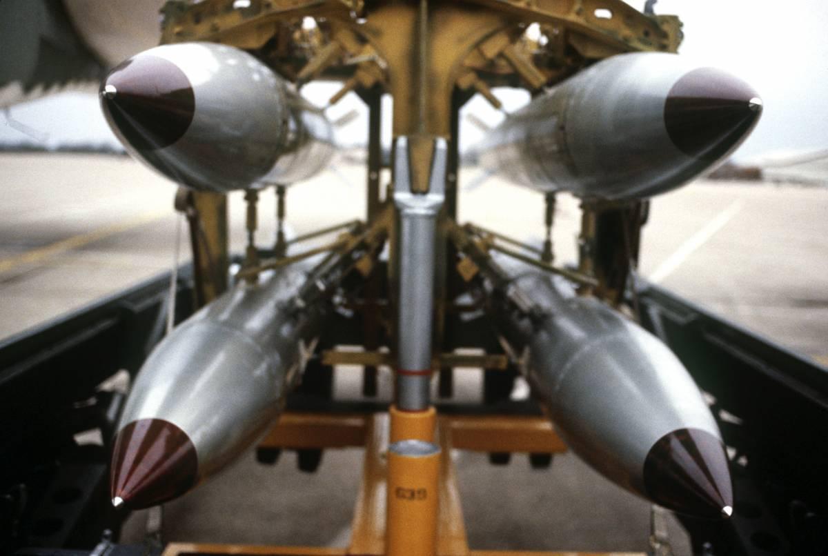 """Quelle armi nucleari """"segrete"""" che gli Usa nascondono in Italia"""