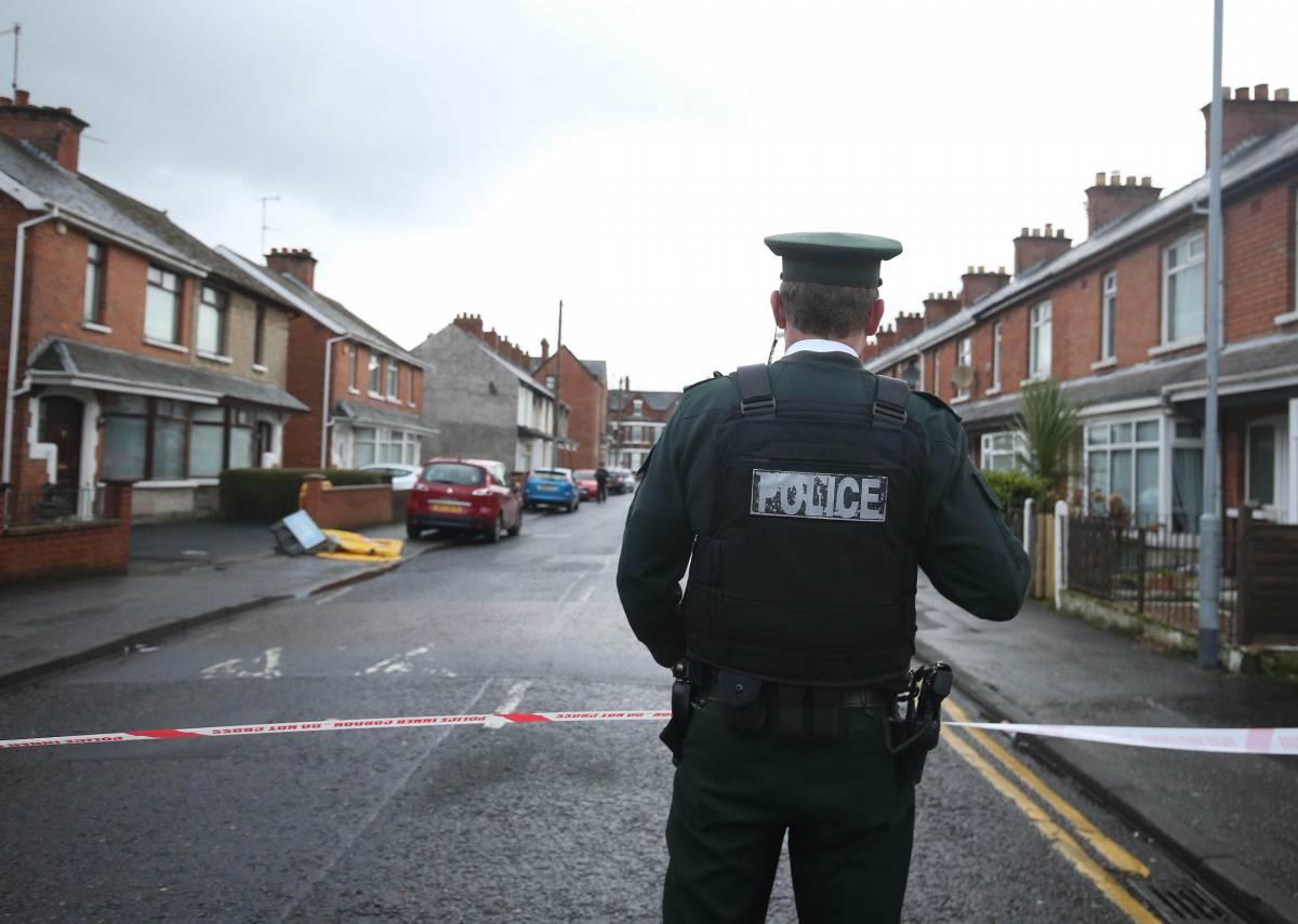 È tornata la Nuova Ira Scontri a Londonderry, uccisa una giornalista