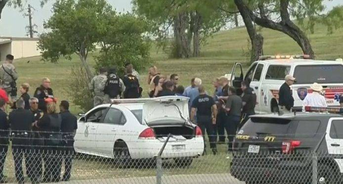 """Texas, spari nella base """"Almeno due morti"""""""