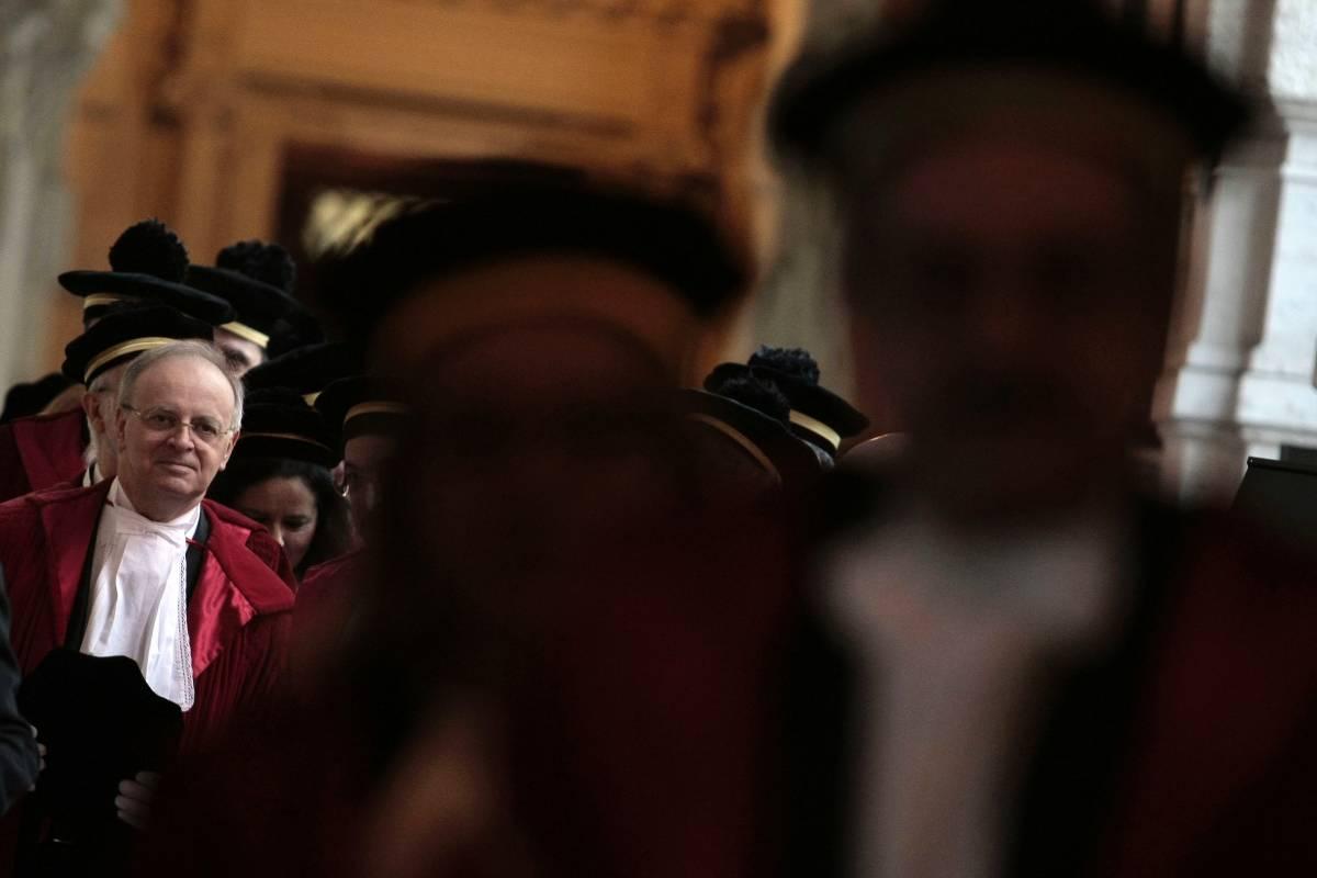 """Giallo dei messaggi del giudice, Davigo: """"Un discredito per tutti"""""""