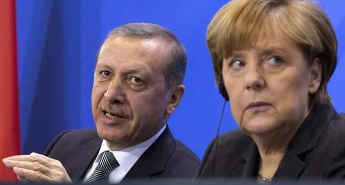Patto Turchia-Germania-Olanda per portare più migranti in Europa