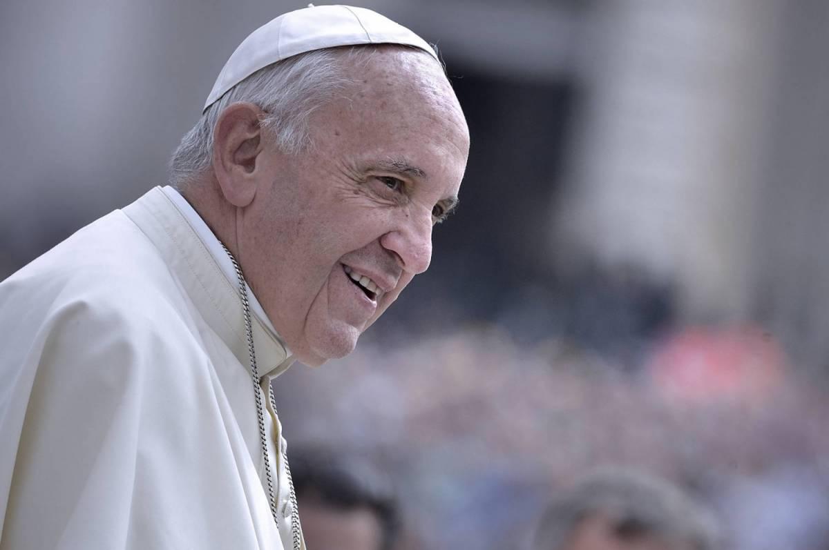 """Papa Francesco: """"Riflettiamo sui nostri errori. Si può convivere con l'islam"""""""