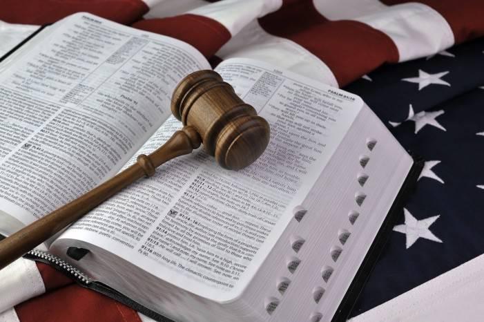 Oklahoma, una legge punirà chi pratica l'aborto