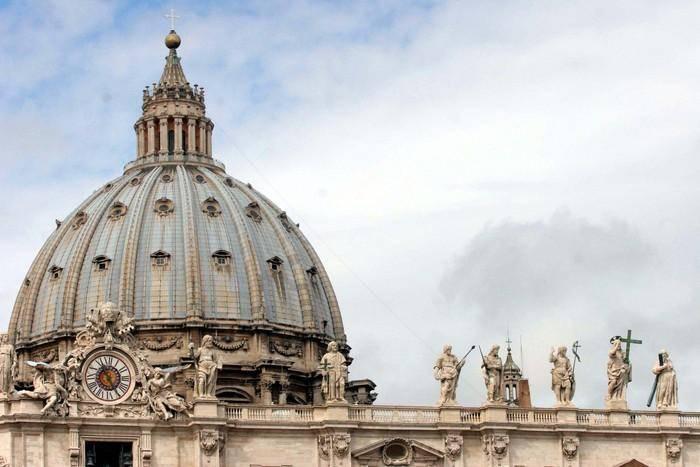 """Ong, interviene Vaticano: """"Scandalo sulla loro pelle"""""""