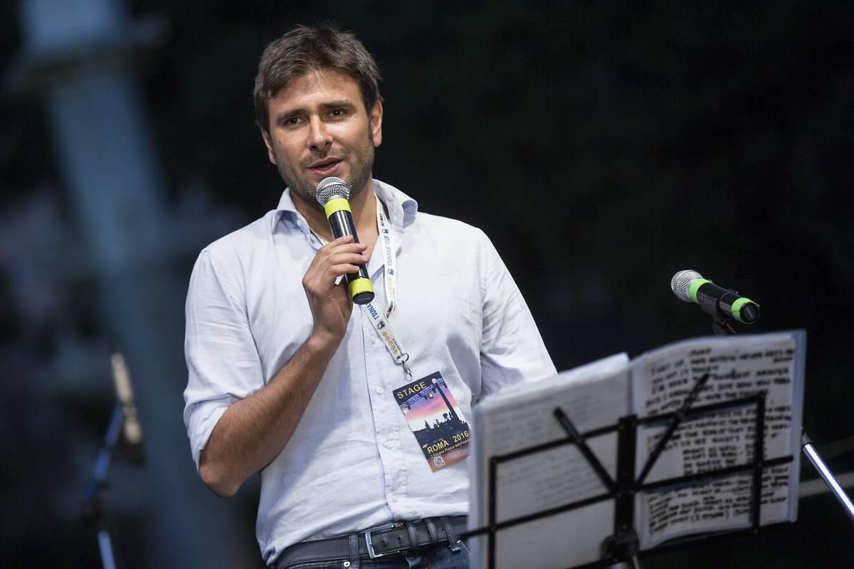 """Di Battista: """"Un referendum sull'euro per far decidere gli italiani"""""""