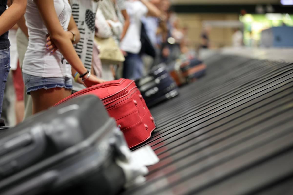 Gli italiani si indebitano pur di andare in vacanza