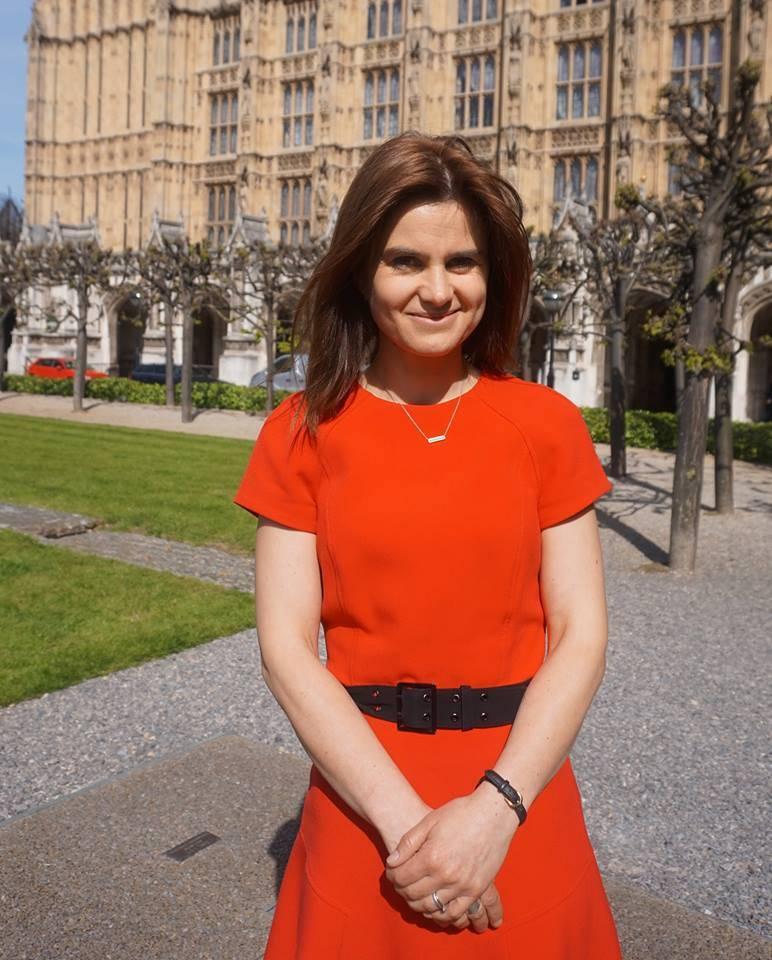 Jo Cox: chi era la parlamentare inglese uccisa a Leeds in un agguato
