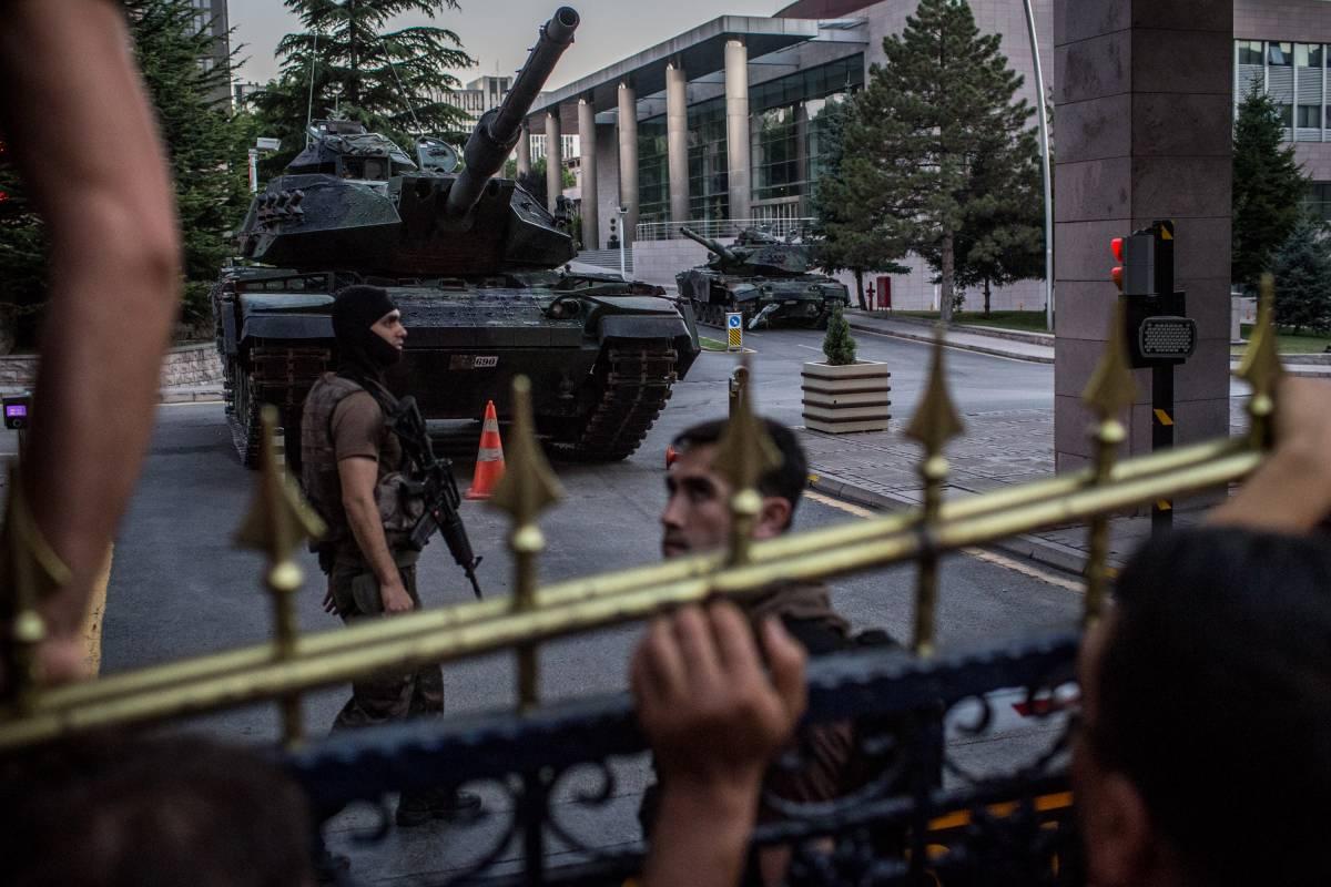 Ad Ankara sospetti sugli ambienti Nato: clima teso con gli Usa