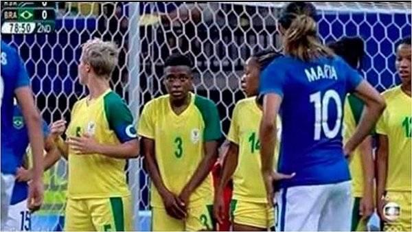 """Rio e il dubbio sui social: """"La giocatrice del Sud Africa è un uomo?"""""""