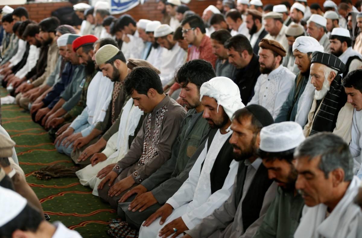 """""""Giusto far entrare gli islamici in chiesa Ma per convertirli"""""""