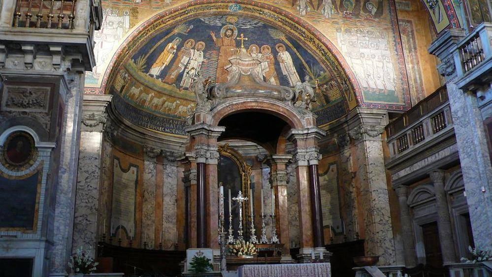 Vandali a Santa Prassede: danni alla basilica romana