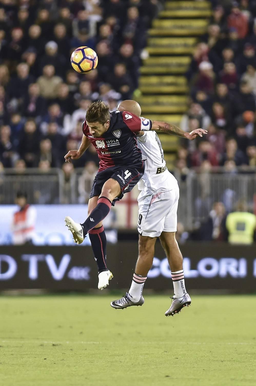 Il Cagliari piega il Palermo 2-1: Dessena, rientro da sogno