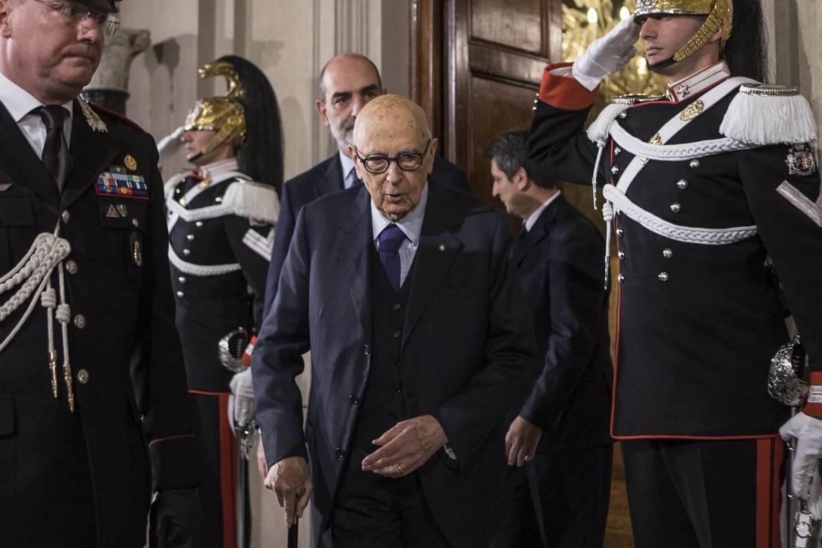 """Ora Napolitano riscrive la storia: """"Guerra in Libia decisa dal Cav"""""""