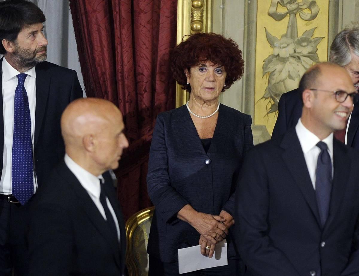 Ora Valeria Fedeli fa nascondere il curriculum sbagliato