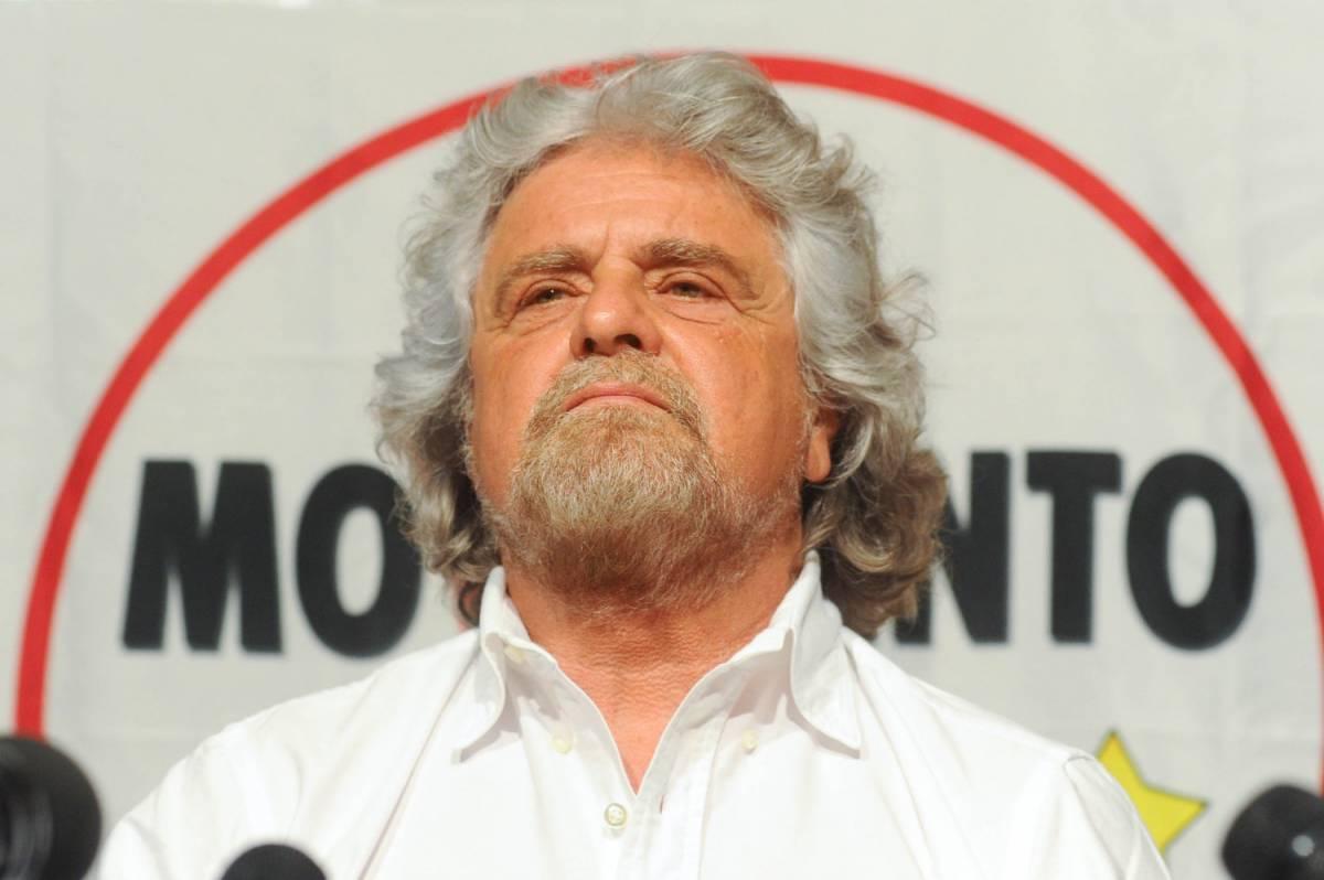 """""""Chi straparla è fuori"""", Grillo silenzia i suoi"""
