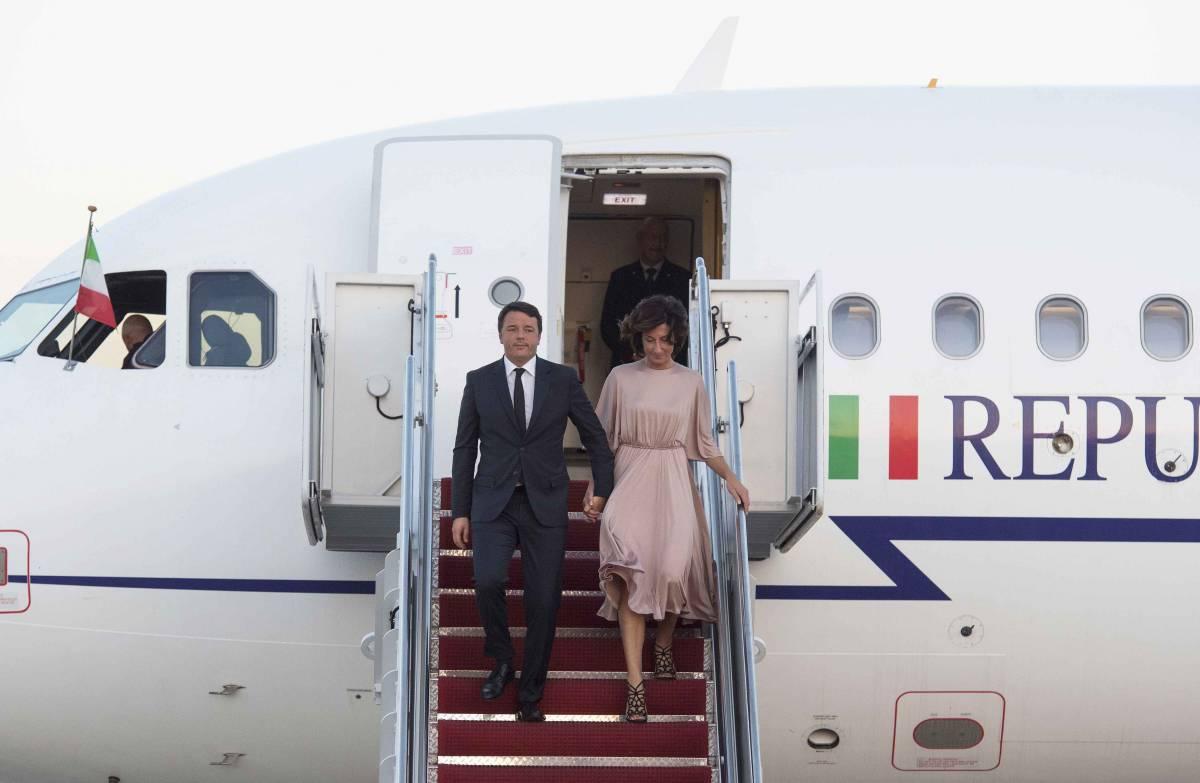 Renzi fa l'esule in California: si sono scissi gli scissionisti