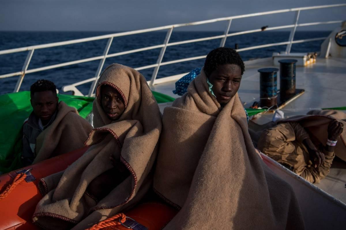 """Migranti, la Corte di giustizia: """"I Paesi Ue possono rifiutare i visti umanitari"""""""