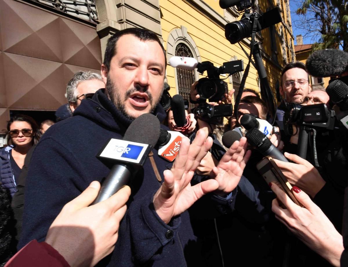 """Salvini: """"Missili di Trump sono un regalo all'Isis"""". E Le Pen si dice stupita"""