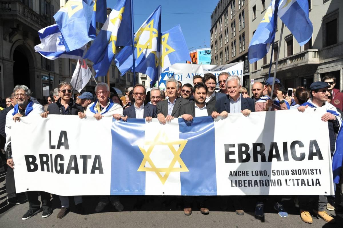 Liberazione, Pd in prima fila fa passerella per le Europee