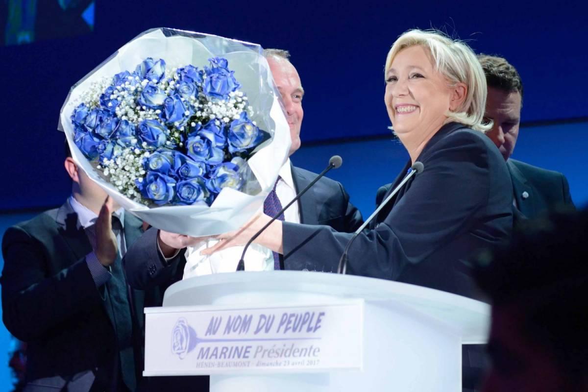Mossa a sorpresa della Le Pen: lascia la guida del Front National