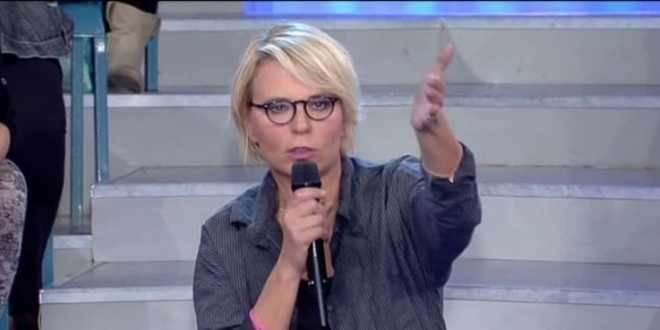 """Maria De Filippi confessa: """"Con Gemma e Tina sono costretta a tagliare pezzi di trasmissione"""""""