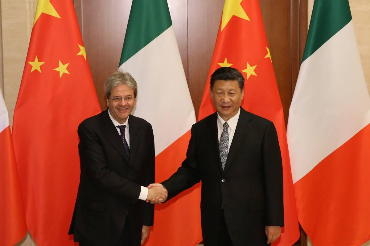 """Gentiloni a Pechino per rilanciare la """"Via della Seta"""""""