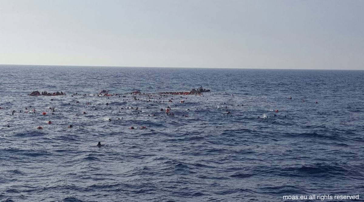 Un naufragio a largo della Libia. La Marina salva i tre superstiti