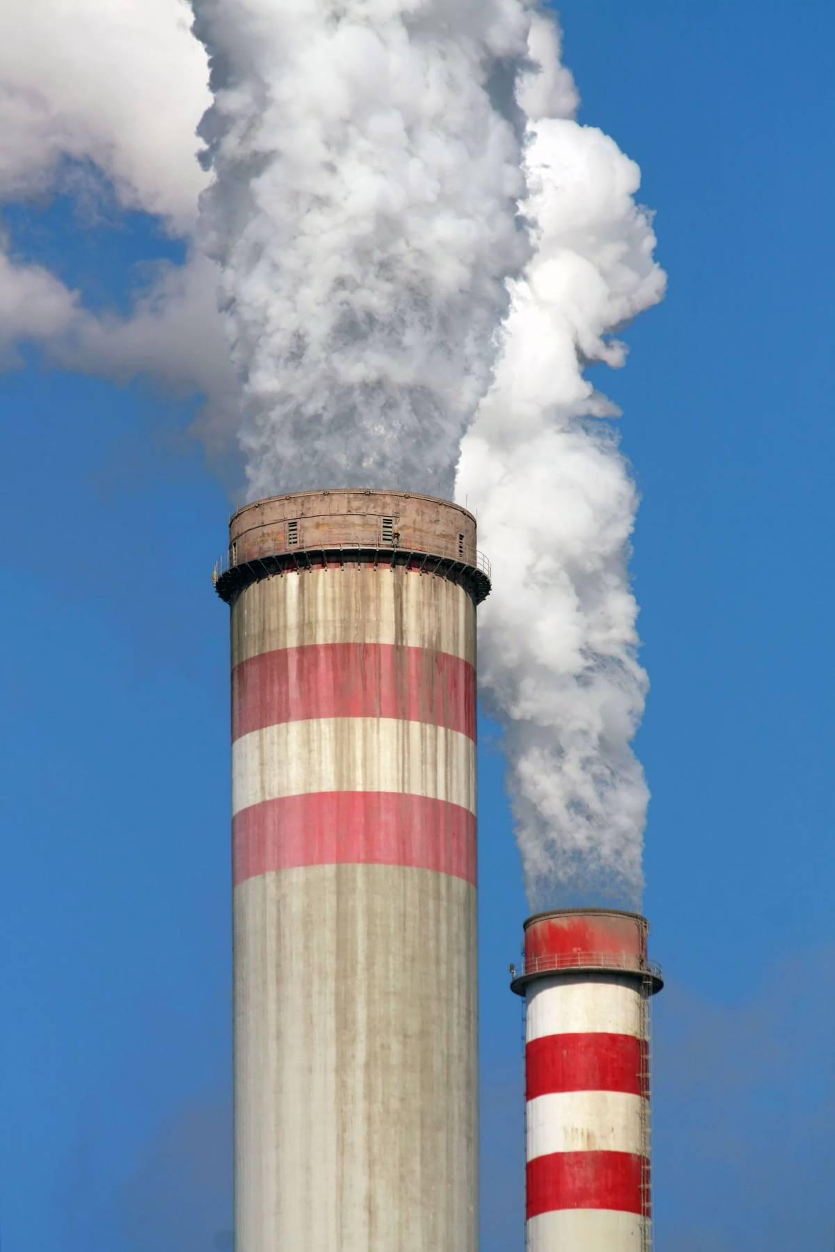 L'inquinamento va punito come reato, ma è da ciarlatani dire che modifica il clima
