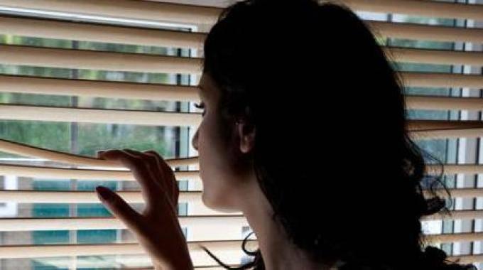 Dall'amore allo stalking tra donne, una moglie e mamma di 3 figli