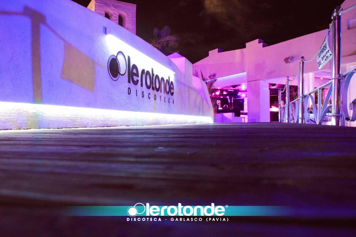 Garlasco, spray al peperoncino in discoteca: 14 intossicati