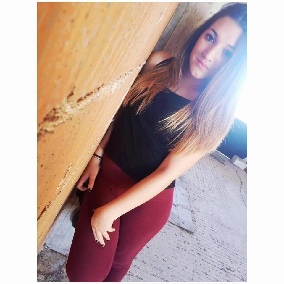 Noemi, faida tra famiglie  «Il vero killer è il papà» «Ma lei aveva una pistola»