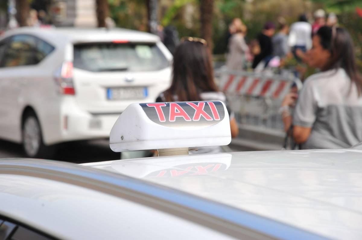 """Milano, finto tassista in libertà: """"Nessuno stupro"""""""