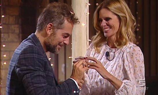 Gf Vip, Daniele fa la proposta di matrimonio in diretta a Filippa
