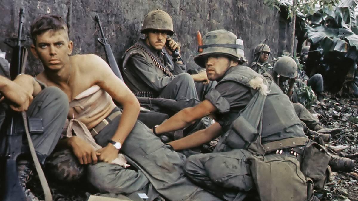 Dagli indios ai marines Non c'è battaglia che sia stata vinta (oppure persa) senza le droghe