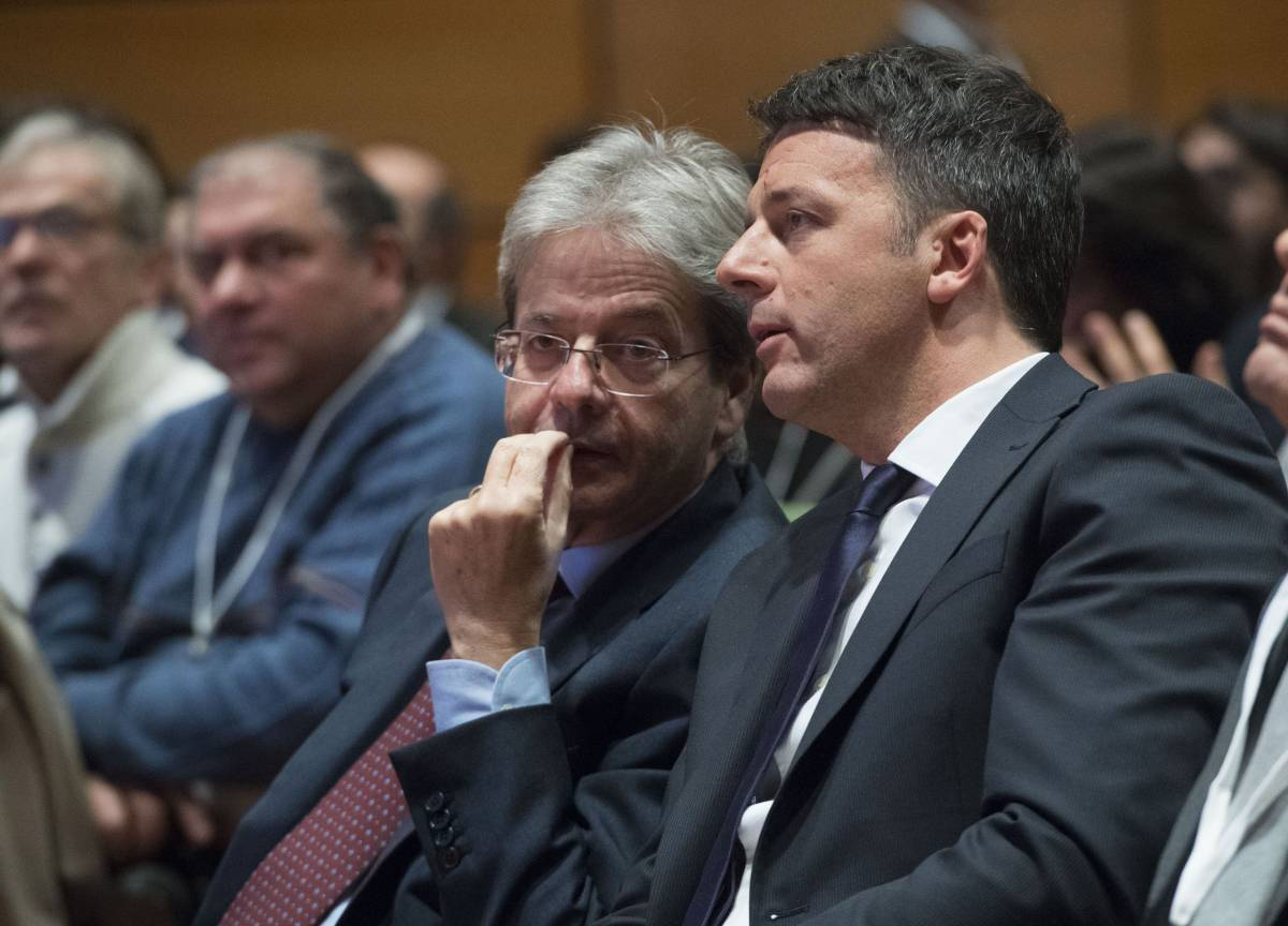 """""""In corsa all'uninominale"""" Renzi intrappola Gentiloni"""