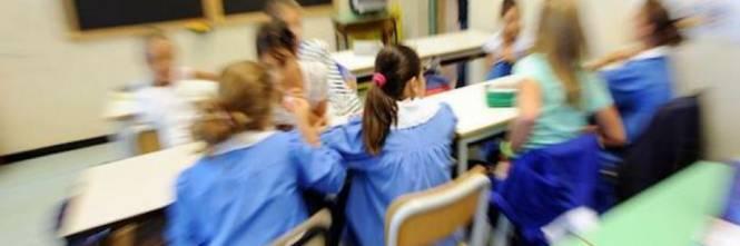 """La maestra scriveva """"squola"""": licenziata dal Ministero"""