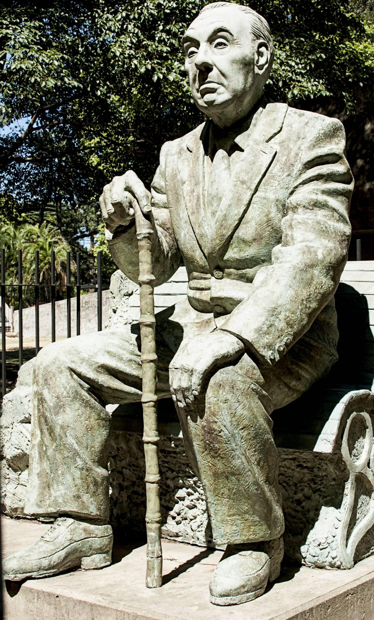 Borges e l'abbozzo di suicidio che gli regalò una nuova vita