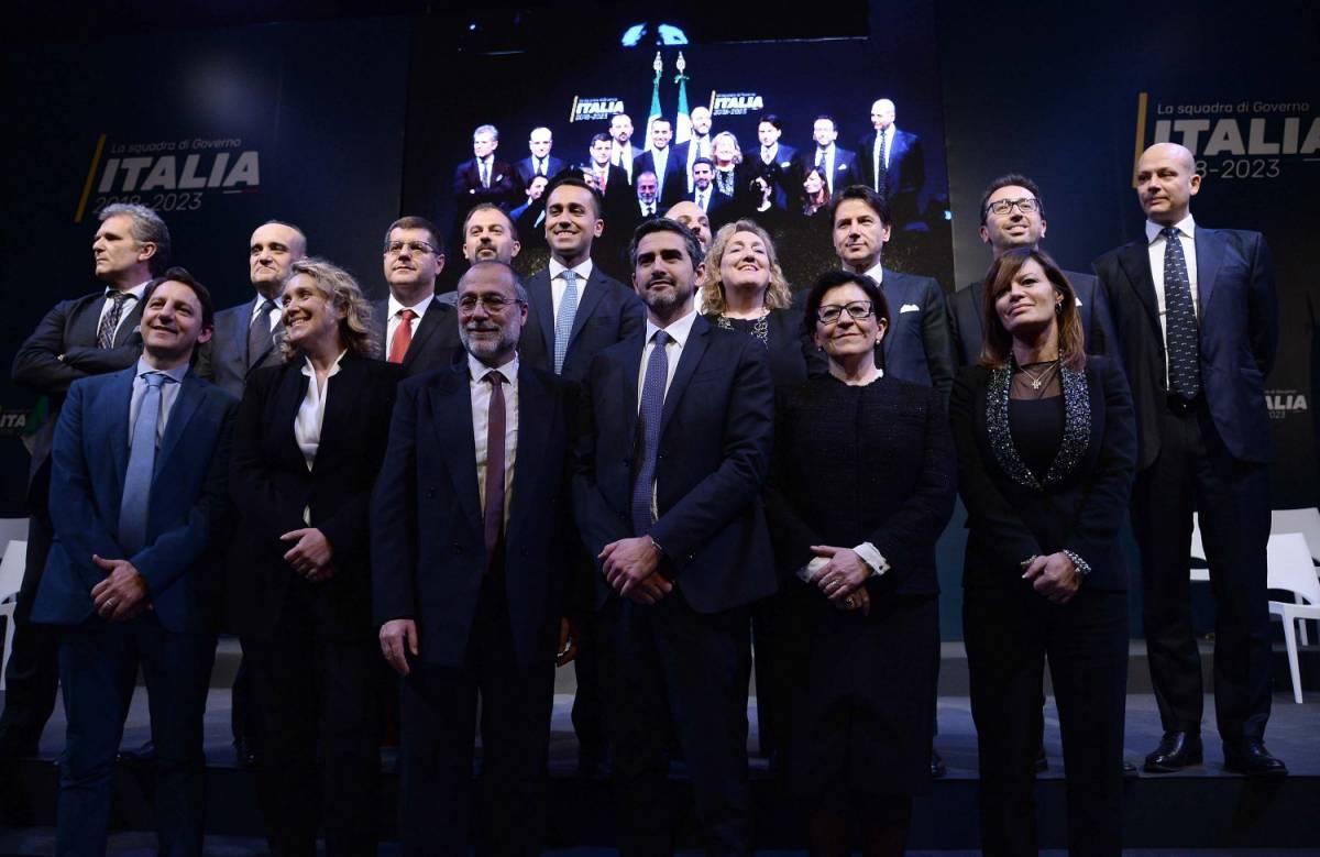 Il governo Di Maio: comunisti, professorini e tifosi di Renzi