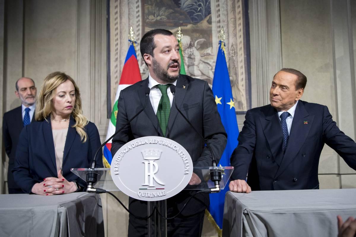 Il centrodestra vola nei sondaggi. E gli italiani guardano a Draghi