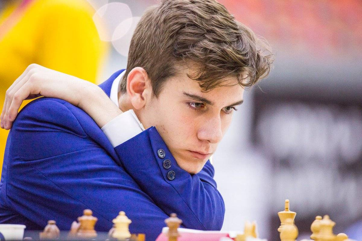 """Il liceale re degli scacchi: """"Guardo l'avversario e lui mi dice come vincere"""""""