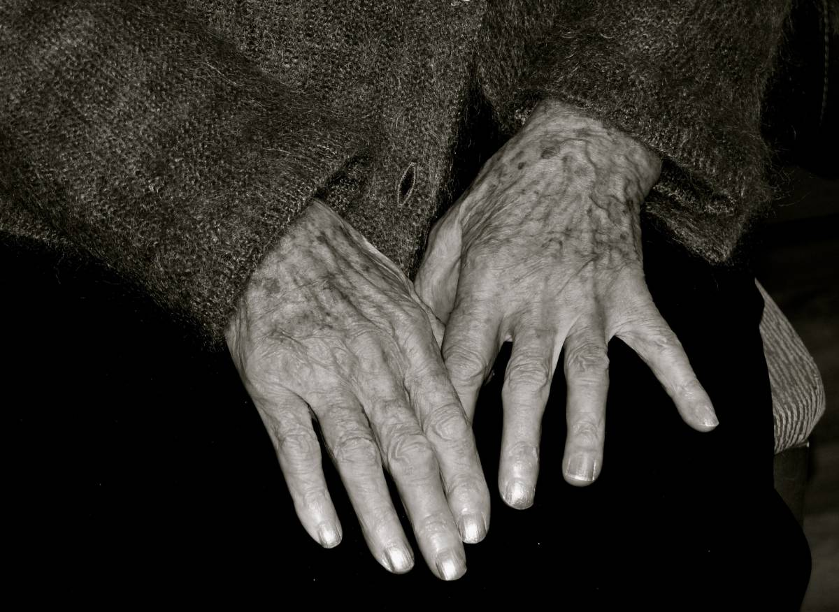 Parla la donna più vecchia del mondo: mai un giorno felice in 128 anni