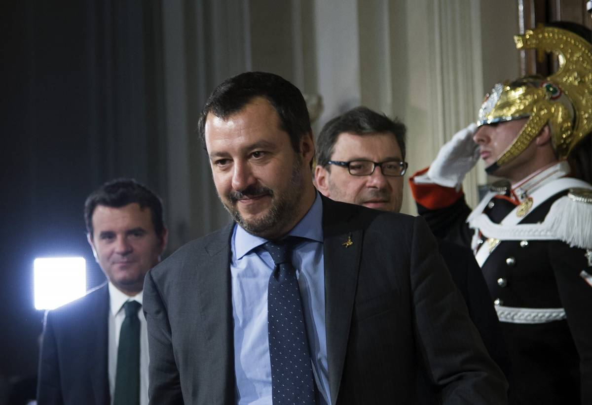 """Salvini non molla su Savona: """"No a ministro per i tedeschi"""""""