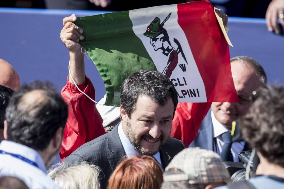 """Migranti, parte """"l'esperimento"""" di Salvini: """"Taglio i 35 euro alle coop"""""""
